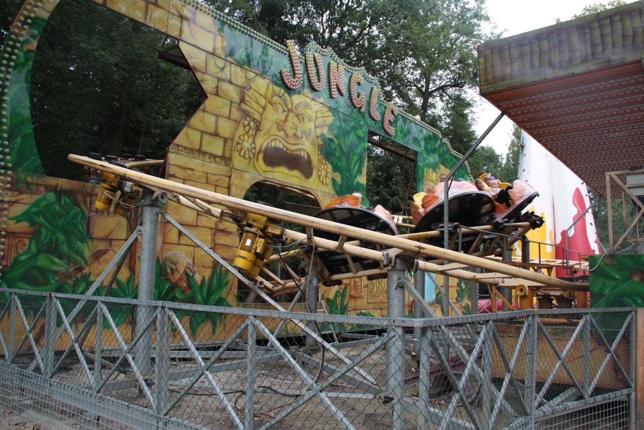 Draaimolen in een attractiepark